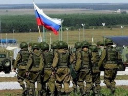 На востоке Украины находятся 9 тысяч российских военных