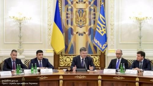Порошенко заявил, что никакой федерализации не будет, а государственным языком будет только украинский.
