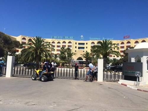 Постраждалу в Тунісі українку виписали з лікарні