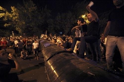 """Демонстранты в Ереване выдвинули свои требования и готовятся к акции """"Шаг вперед"""""""