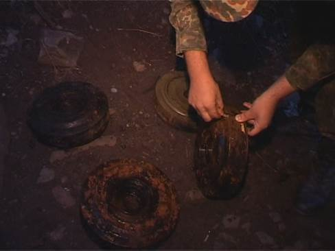 В грузовом порту Днепропетровска нашли тайник с противотанковыми минами