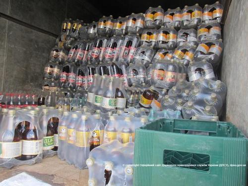 """Дело Москаля живет: на въезде в """"ЛНР"""" пограничники задержали 3 тонны спиртных напитков"""
