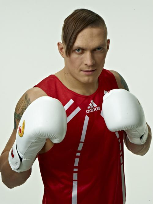 Бой Усика против Мюллера состоится 29 августа в Киеве