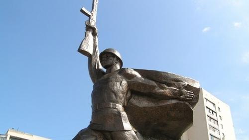 Жители Харькова будут расписывать советскую архитектуру, чтобы ее не уничтожили