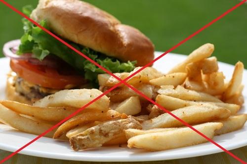 Жирная пища влияет на умственные способности детей