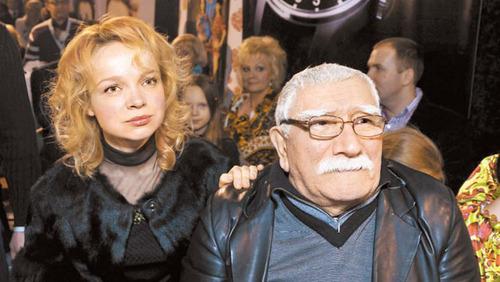 Армен Джигарханян начинает новую жизнь