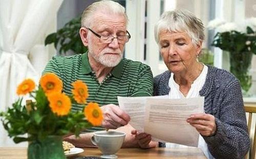 Пенсионный возраст в Польше решили снизить