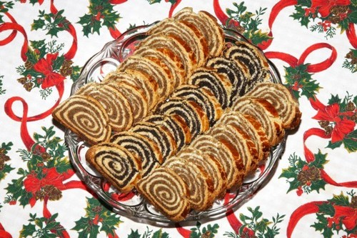 Рецепты на Старый Новый год: Рулеты с маком и орехами