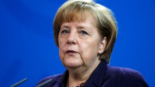 Беженцы должны будут вернуться в Ирак и Сирию, когда конфликт закончится - Меркель
