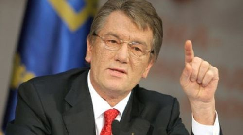 Виктор Ющенко призвал продолжить боевые действия на Донбассе