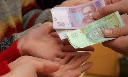 Всех, кто незаконно получил соцпомощь от государства, обяжут ее вернуть