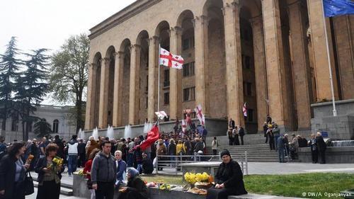 25 лет независимости Грузии: президенты, их успехи и промахи
