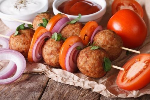 Мясные шарики на гриле по-итальянски