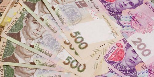 Украинцы беднеют второй год подряд и проедают сбережения, — Госкомстат