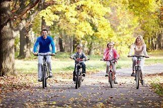 Велосипед і прогулянки корисні навіть у забруднених містах