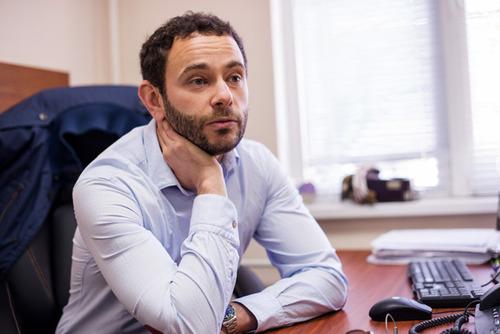 Журналіст запропонував за прикладом Луценка відмінити дипломи лікарям