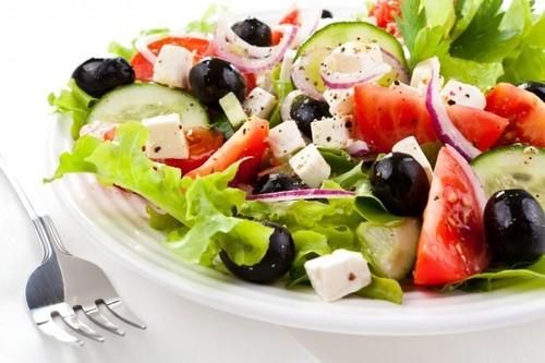 Визитная карточка греческой кухни - Греческий салат