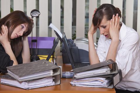 Что украинцам запрещают делать на работе