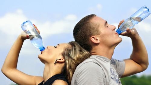 Какие напитки нельзя пить в жару