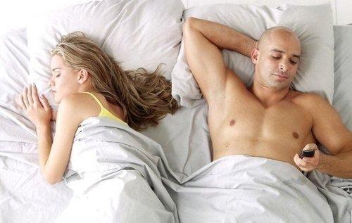 Интеллект влияет на супружескую верность