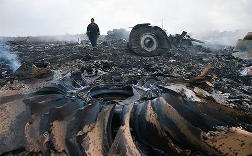 Еврокомиссия призвала судить прямых и косвенных виновников гибели MH17