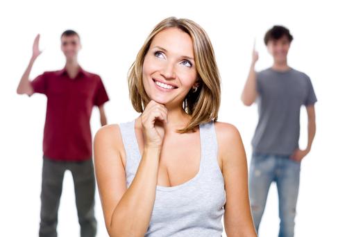 Психологи выяснили, как женщины выбирают мужчин: 5 теорий