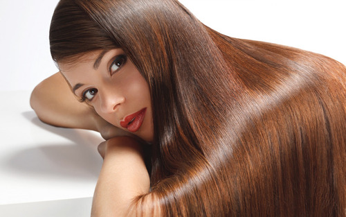 Блеск струящихся волос: полезные рецепты по уходу