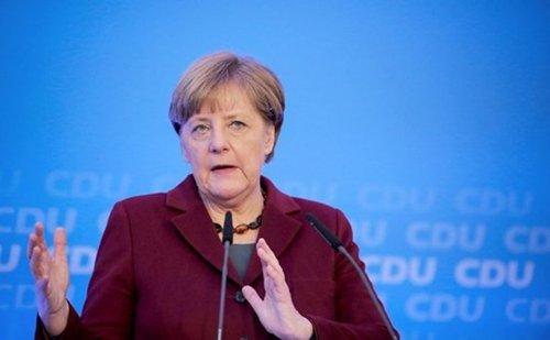 Оснований для отмены санкций против России нет, — Меркель