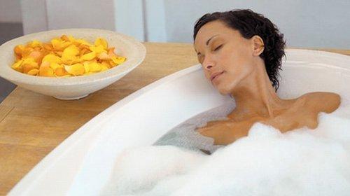 Горячая ванна: кому здоровье, а кому вред