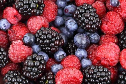 5 важных ягод для женского сердца