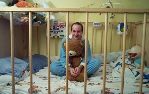 В России открыли детсад для взрослых