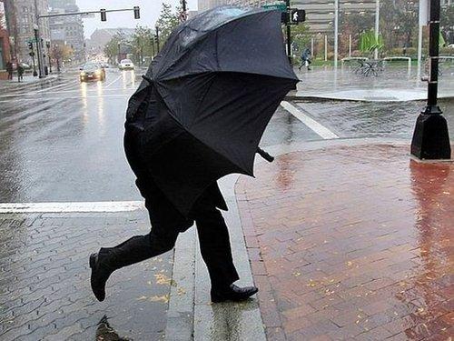 В Україну йдуть дуже сильні дощі
