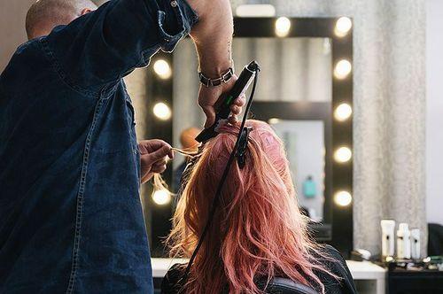 «Развод» в парикмахерской. Как салоны красоты обманывают своих клиентов