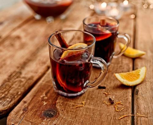 Согревающие напитки для осени: Рецепты для офиса и дома