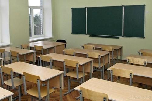 В школе во время перемены умерла третьеклассница