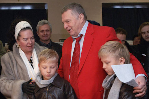 Жириновский жестко наказал своих внуков
