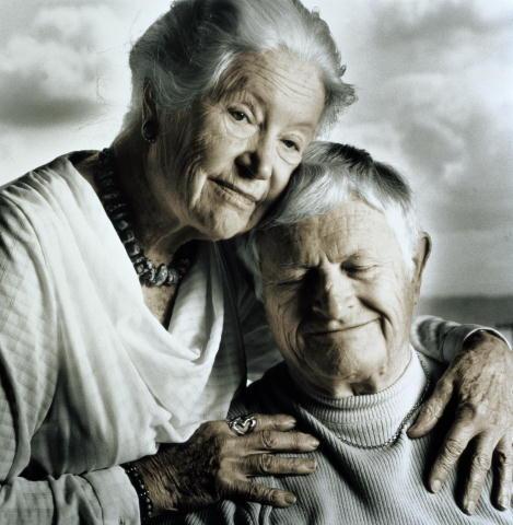 Задумано природой: женщины живут дольше мужчин