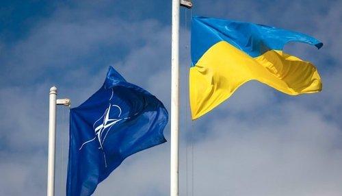 Британия готова поддержать вступление Украины в НАТО