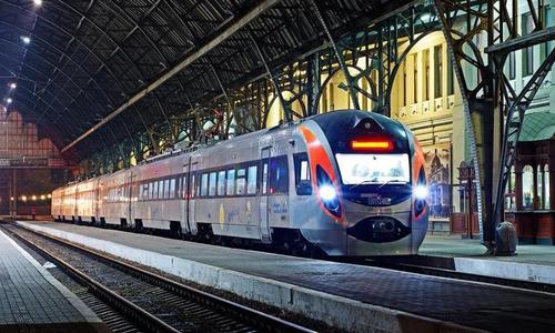 Украина хочет запустить экспресс-поезд в Париж