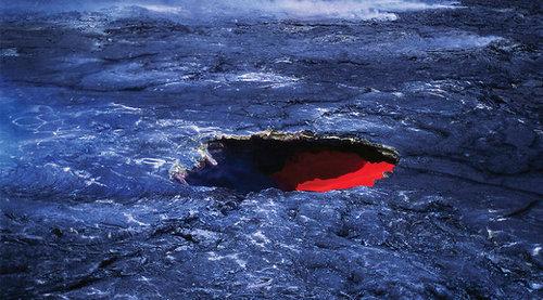 Под Россией и Канадой обнаружили «реку» из раскаленного металла, которая ускоряется