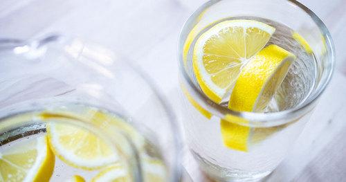 О пользе воды с лимоном натощак