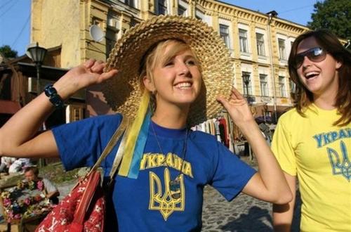 Каждый час украинцев становится на 80 человек меньше — политолог
