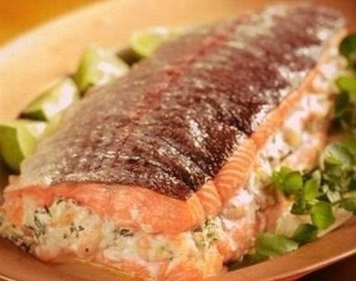 Фаршированный лосось для дорогих гостей