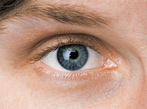 10 симптомов заболеваний, которые можно определить по глазам