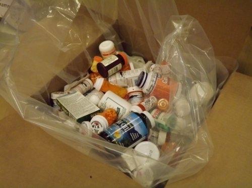 Чем опасны просроченные лекарства