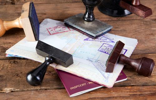 Кабмин упростил порядок оформления украинских виз