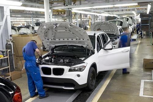 BMW понес убытки на миллион евро из-за двух пьяных польских рабочих
