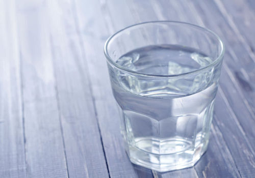 Пьем горячую воду — и очищаемся