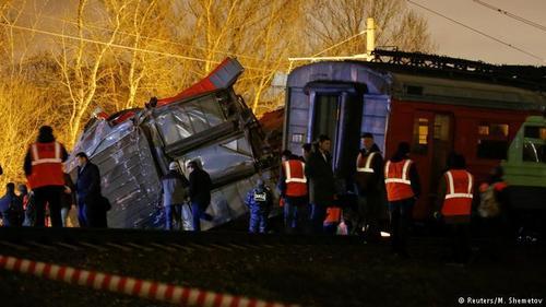Десятки человек пострадали в железнодорожной аварии в Москве