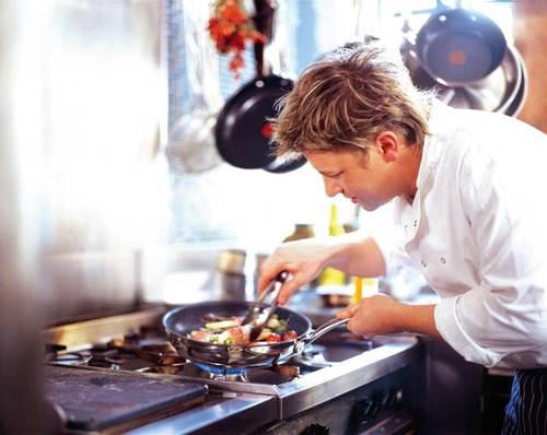 Медики подсказали, на чем лучше всего готовить еду